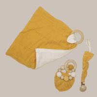Combinatie troostpakket baby oker geel